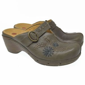 Clarks Unstructured 9M Leather Floral Embroidered